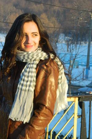 dark brown leather jacket Bershka jacket - off white new look scarf