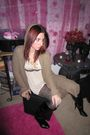 Brown-discovery-cardigan-beige-agaci-top-black-merona-tights-beige-unknown