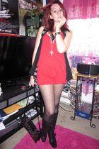 red Blue Asphalt top - black Forever 21 shorts - black Forever 21 vest - black F