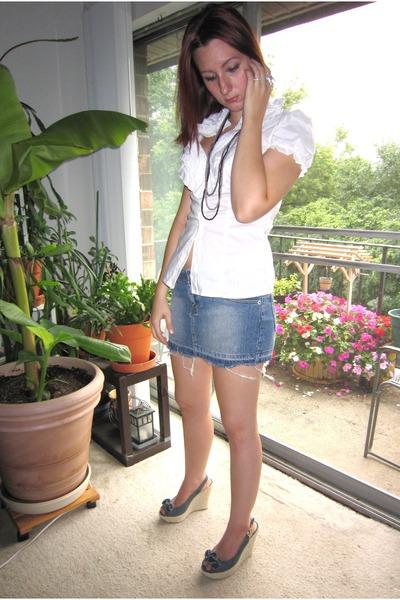 white Forever 21 blouse - blue Arizona Jean co skirt - blue xhilaration shoes -