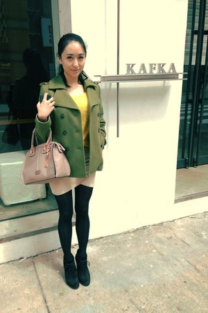 black Mango shoes - olive green Sisley coat - yellow Forever21 sweater