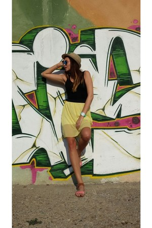 H&M dress - H&M sunglasses