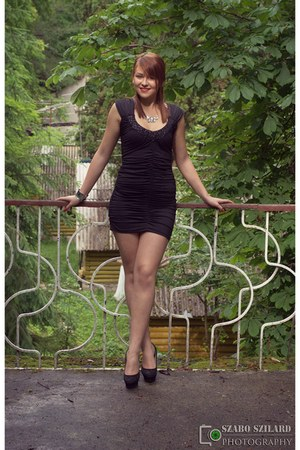black random brand shoes - black random brand dress