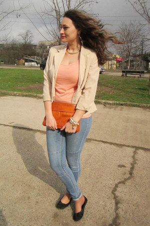 eggshell thrifted blazer - sky blue H&amp;M jeans - carrot orange thrifted bag