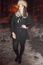 black Ebay coat - light brown vintage hat