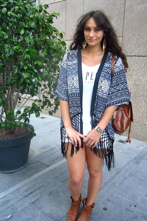 black kimono Sheinside cape - tawny c&a boots - white diy ripped Pimkie shorts