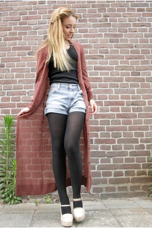 vintage shorts - H&amp;M vest - Forever21 heels
