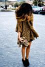 Zara-cardigan-accesorize-purse-pura-lopez-shoes