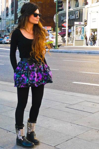 Topshop skirt - ASH boots - wayfarer rayban sunglasses - black Zara cardigan