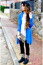 Accesorize purse - ASH shoes - Levis jeans - H&M t-shirt - Sfera cardigan