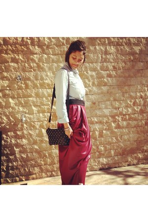 Fabulous in Hijab skirt