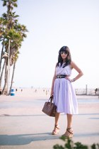 vintage belt - vintage dress - Chanel bag - Prada wedges