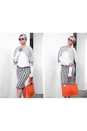 striped bodycon OASAP skirt - metal frame Freyrs sunglasses
