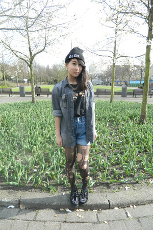 black creepers shoes - black asos hat - navy diy highwaisted short shorts