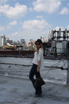 navy TEXTILE Elizabeth & James jeans - black thrifted hat - white Nasty Gal shir
