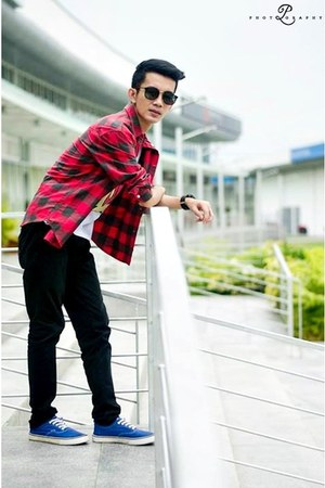 black Bossini pants - red plaid shirt shirt - white Nana Clothing t-shirt