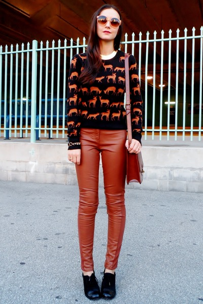 black franco sarto shoes - black H&M sweater - brick red Target bag