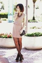 beige Love dress - camel shoes - black vintage bag - gold arty ring