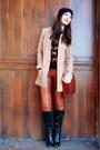 Black-h-m-sweater-black-boots-tan-h-m-blazer-brick-red-bag