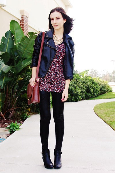black boots - black jacket - black leggings - brick red bag - maroon top