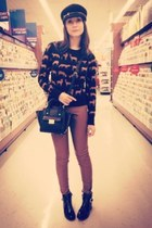 tawny H&M sweater