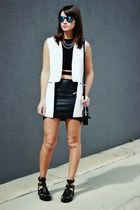 black Forever 21 sandals - white Sheinside vest
