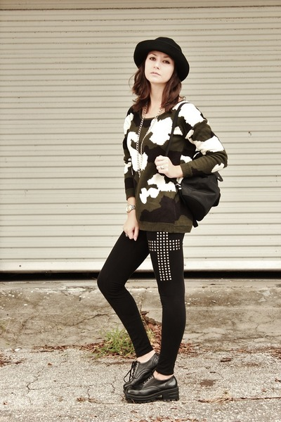 army green camo OASAP sweater - black cross OASAP leggings
