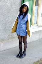 H&M shirt - H&M blazer - charity shop hoodie - doc martens pumps