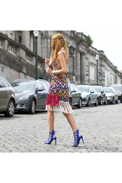 ZNU dress - Hipanema accessories - Irresistible Me hair accessory