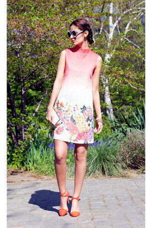 Chic Chi London dress