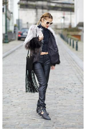Chicwish coat - romwe pants