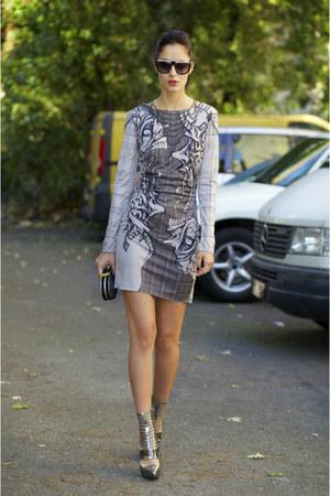 Nuno dress