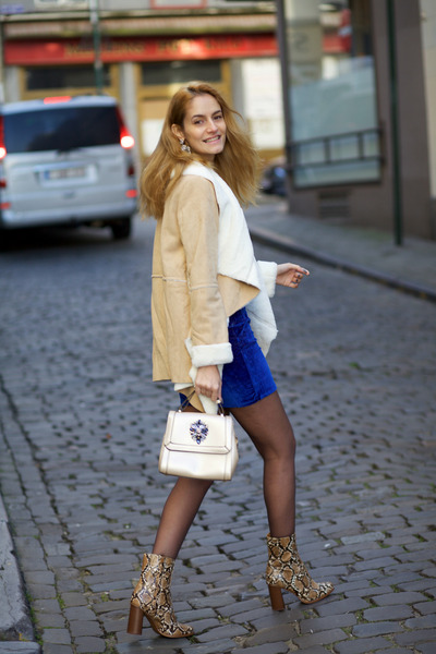 Choies dress - shein coat - Relaxfeel bag