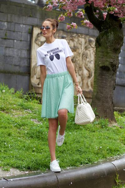 verysimple skirt - SnapMade t-shirt