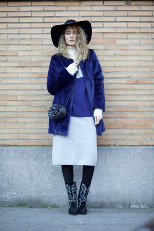 Chicwish coat - romwe dress