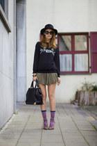 tabbisocks socks - DressLink sweatshirt