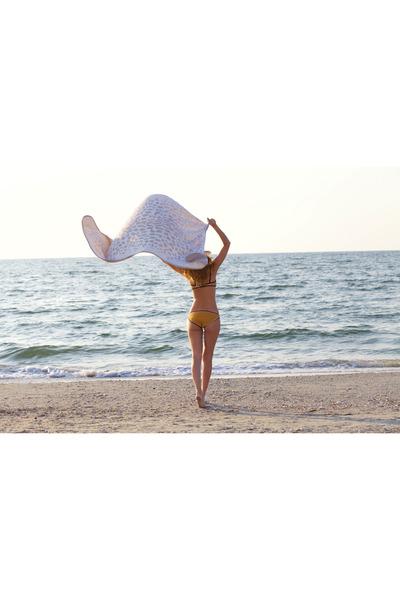 Triangl swimwear - Coconut Anonymous accessories