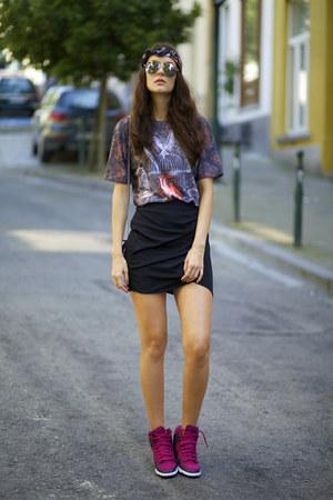 MrGUGU& Miss GO t-shirt