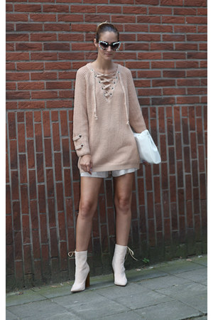Chicwish sweater - AmiClubWear boots