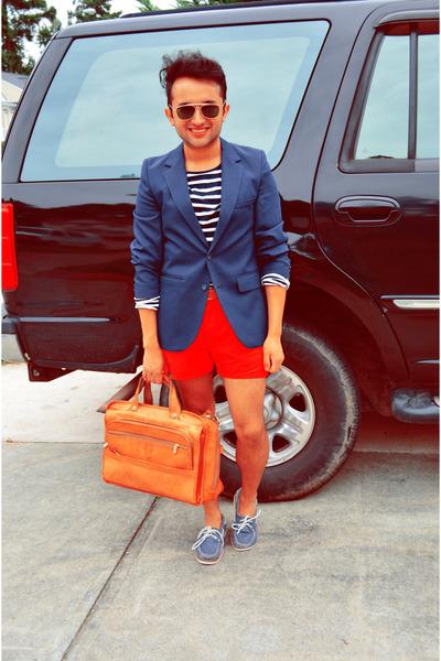 vintage blazer - H & M shirt - cant recall bag - made shorter H&M shorts
