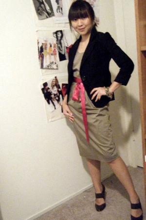 Zinc blazer - martin  osa dress - Boutique 9 shoes - belt - bracelet