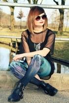 H&M leggings - Monki blouse