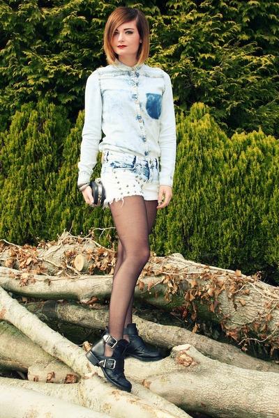 Bershka shorts - Zara blouse