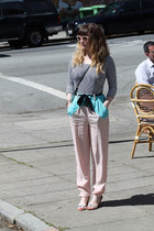 bubble gum Finders Keepers pants