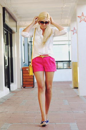hot pink H&M shorts