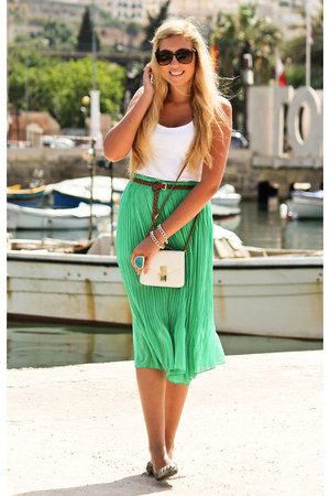 chartreuse pleated midi Boohoo skirt