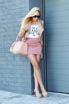 pink Boohoo skirt
