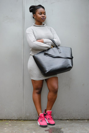 tank grey Primark dress - black Zara bag - cable knit Primark jumper