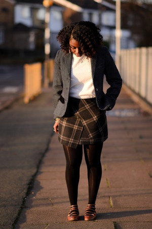 tartan Newlook skirt - polkadot Henry Holland blazer - white Primark t-shirt