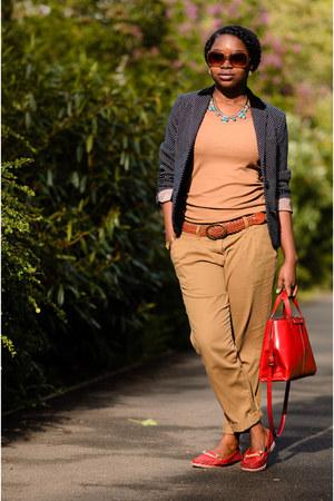 camel H&M t-shirt - polka dots Henry Holland blazer - red satchel Zara bag